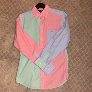 Awesome vineyard vines sim fit button down